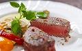 (西洋料理)やわらか牛フィレステーキ※同時開催「保護者対象学校説明会」